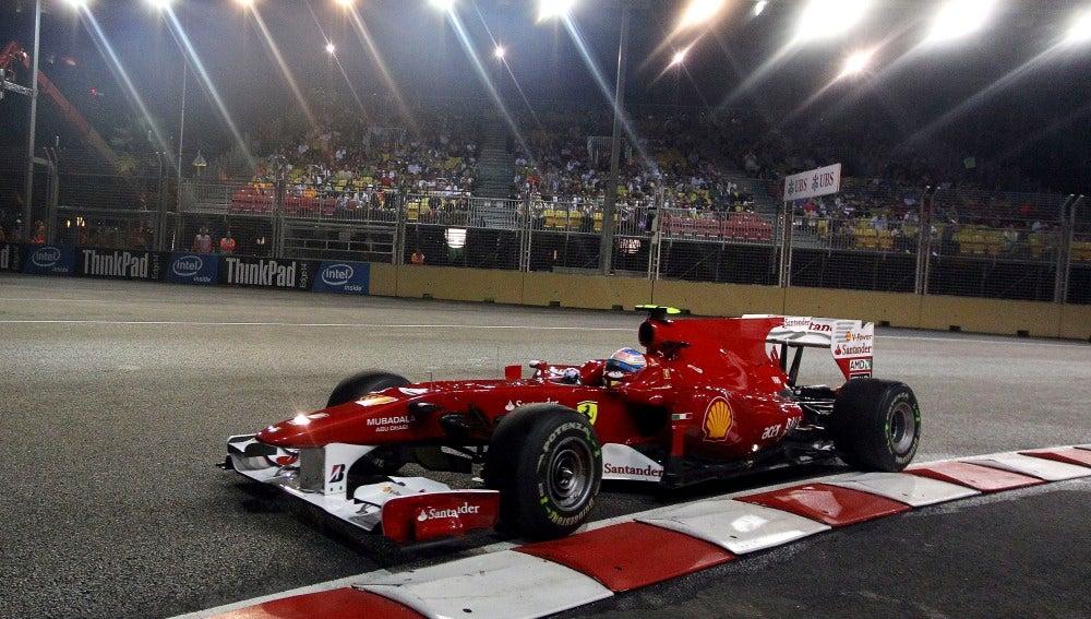 Fernando Alonso en el GP de Singapur