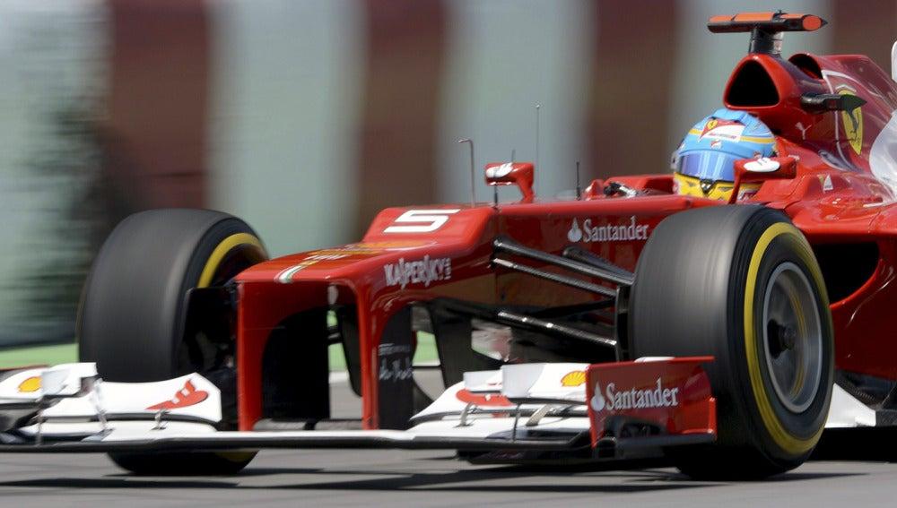 Alonso durante la clasificación