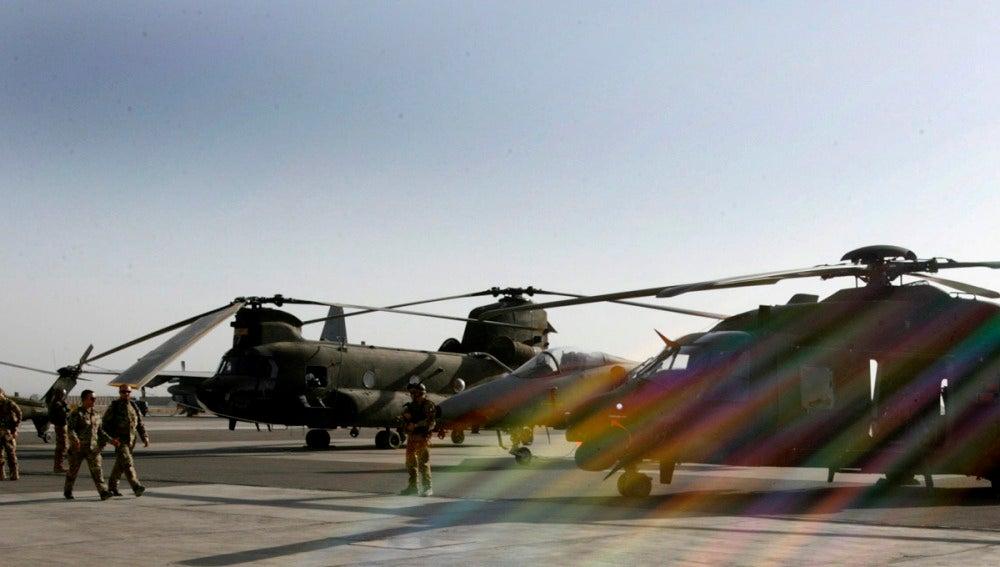 Mueren dos soldados en ataque talibán contra la base del príncipe Enrique