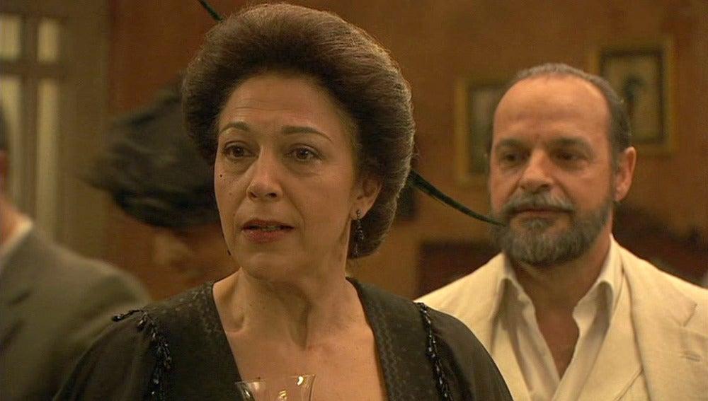 Raimundo llega con una inesperada declaración para Francisca