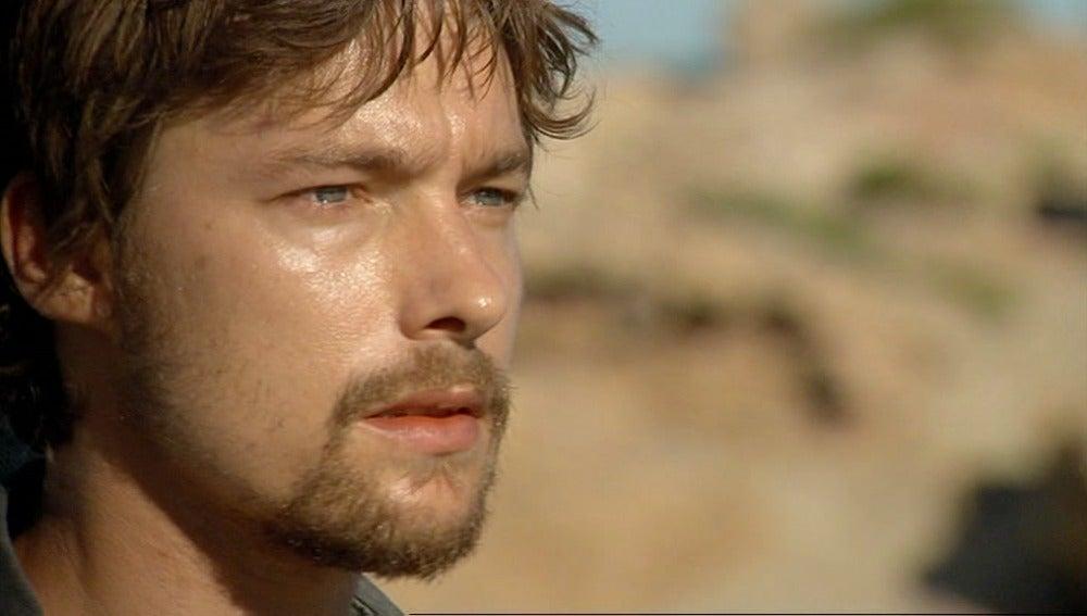Jan Cornet es Max en El Barco