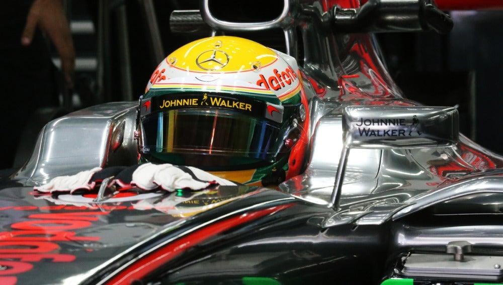 Hamilton, en el cockpit de su McLaren
