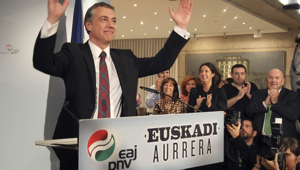 Íñigo Urkullu, tras la victoria en las elecciones en el País Vasco