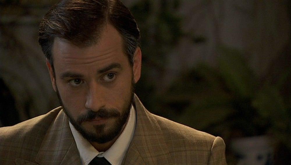 Olmo tiene algo importante que contarle a Fernando