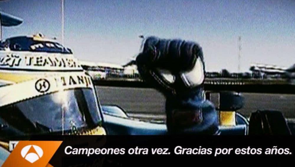 Alonso celebra un Mundial con Renault