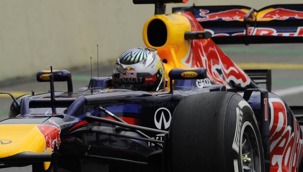 Primer plano del Red Bull de Vettel