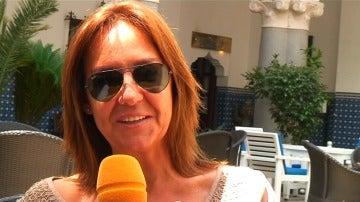 """María Dueñas: """"Los actores encarnan perfectamente a los personajes que yo tenía en mi cabeza"""""""
