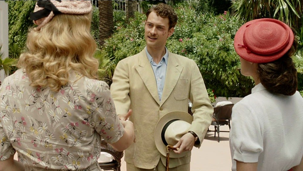 Rosalinda y Sira conocen a Marcus Logan
