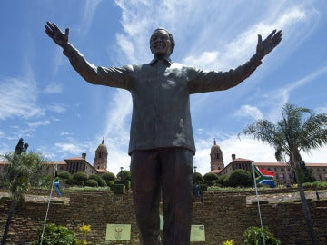 Estatua de Nelson Mandela en Pretoria