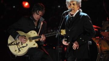 Bob Dylan lanza un nuevo disco homenajeando a los cantantes de baladas de los 40