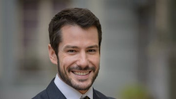 Alejandro Albarracín es Miguel Ayala