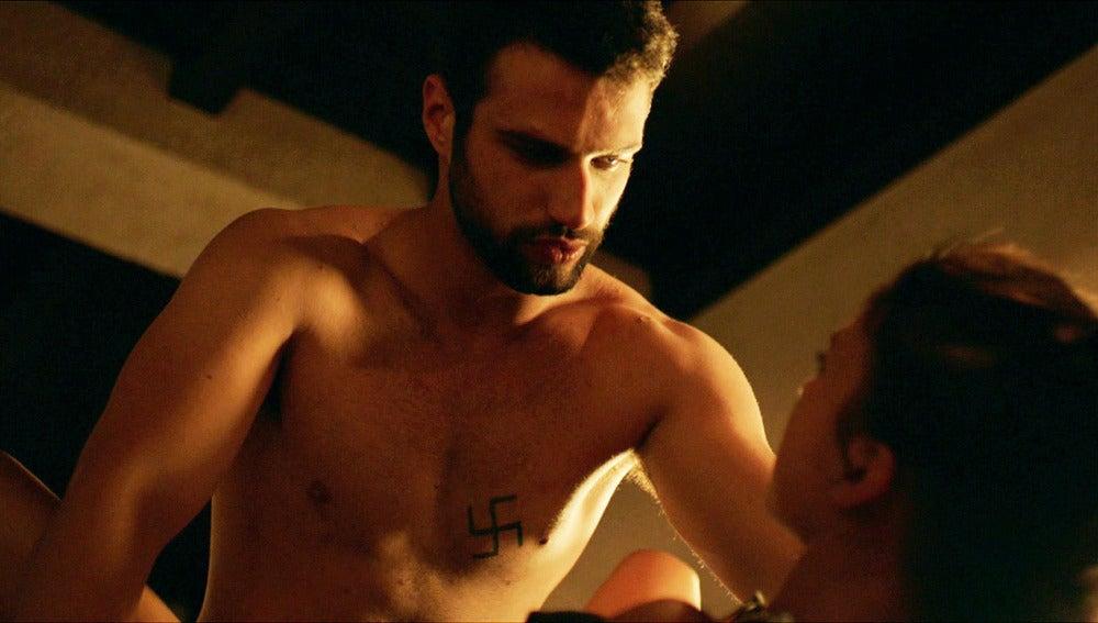 Sexo entre Pilar y Lucas