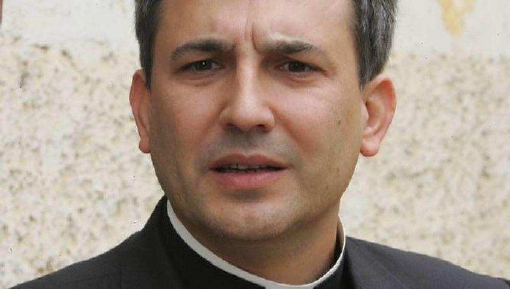 Lucio Ángel Vallejo Balda, cura detenido por filtración de información