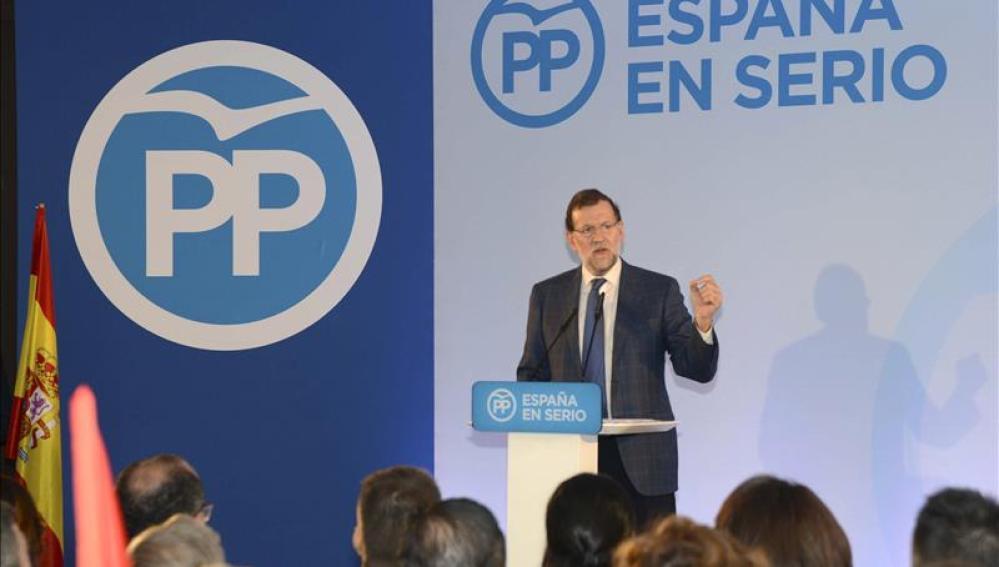 Mariano Rajoy en un acto de precampaña en Melilla