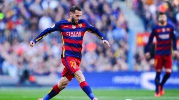 Aleix Vidal, durante un partido con el Barcelona