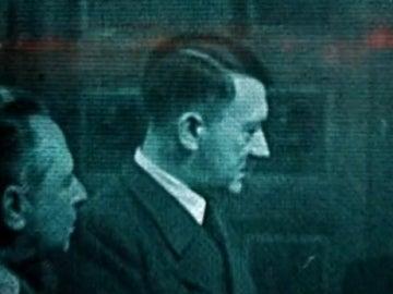 """J. Edgar Hoover: """"No hay ninguna fuente fiable que pueda decir que Hitler está muerto"""""""