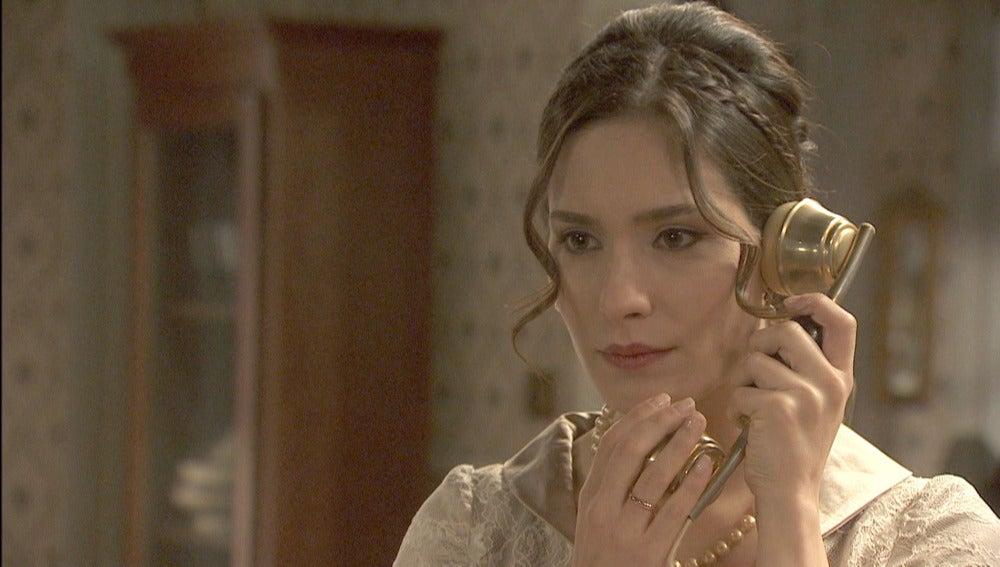 Camila recibe una noticia que envuelve a su marido