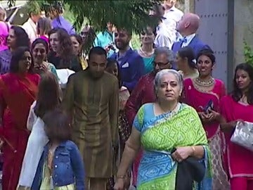 Una pareja india celebra por todo lo alto su boda en Bilbao