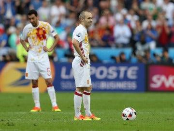Iniesta, decepcionado tras un gol de Italia