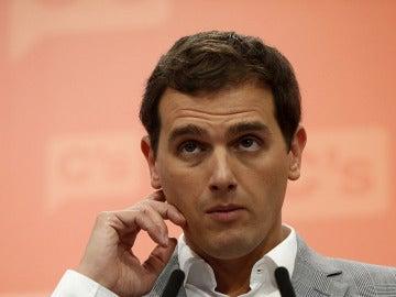 Los fundadores de Ciudadanos presionan a Albert Rivera para que levante el veto a Rajoy