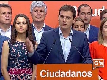 """Rivera: """"Un 13% de los españoles ha dicho que el centro existe y viene a quedarse"""""""