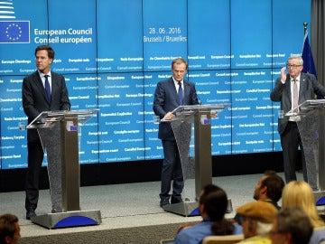 Jean-Claude Juncker, Donald Tusk y Mark Rutte