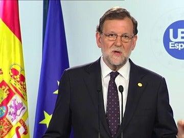 "Rajoy avisa de que ""si Reino Unido se va, Escocia también se va"""