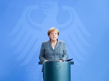 """Merkel garantiza la seguridad de los alemanes sin """"perder su libertad"""""""