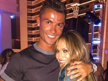 Jennifer Lopez celebra su cumpleaños con Cristiano Ronaldo