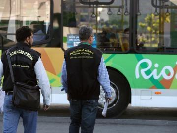Multan al Comité Organizador de los Juegos por abusos laborales