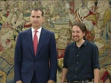 Pablo Iglesias expone al Rey su análisis de la situación política