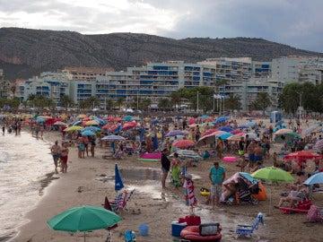 España supera la barrera de los 42 turistas extranjeros hasta julio