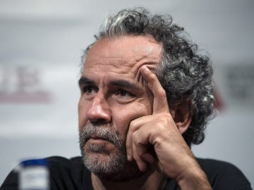 """Facebook cierra un mes la cuenta de Willy Toledo por """"cagarse"""" en la medalla de Orlando Ortega"""