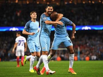 El Manchester City gana el trámite ante el Steaua en la noche de despedida de Joe Hart