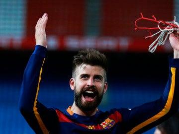 Gerard Piqué, feliz tras el triunfo del Barcelona