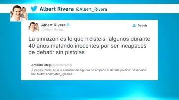 Albert Rivera le recuerda a Otegi los asesinatos de ETA