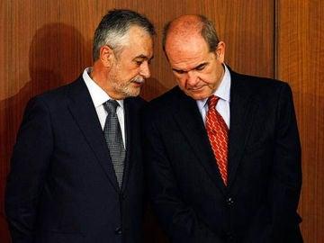 Los expresidentes andaluces Manuel Chaves y José Antonio Griñán.