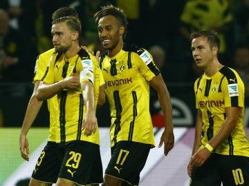 El Borussia de Dortmund celebra un gol