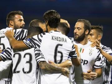 La Juventus muestra su poder ofensivo y arrasa al Dinamo de Zagreb