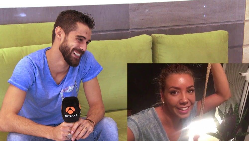 Pablo Espinosa recibe un mensaje de Sandra Cervera