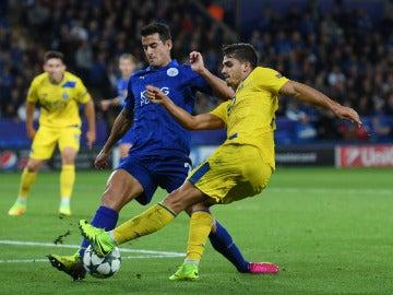 Slimani mantiene vivo el sueño del Leicester en la Champions