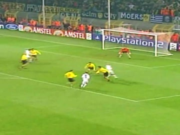 Zidane dio la última alegría al Real Madrid en Dortmund ante el Borussia en 2003