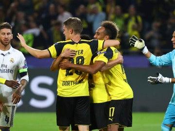 Error garrafal de Keylor Navas en el 1-1 del Borussia Dortmund