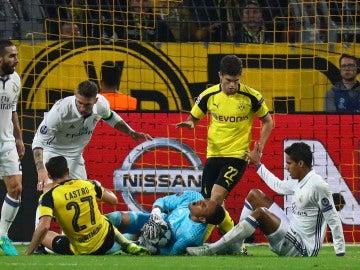 El Real Madrid empata con el Borussia Dortmund y alarga su racha sin ganar en el Signal Iduna Park