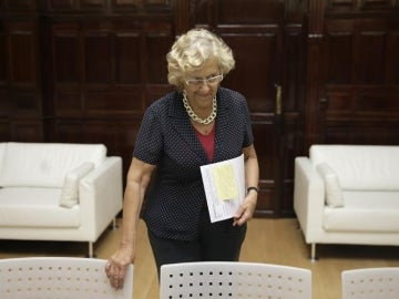 Manuela Carmena, pasará la noche en el hospital tras sufrir un problema de salud