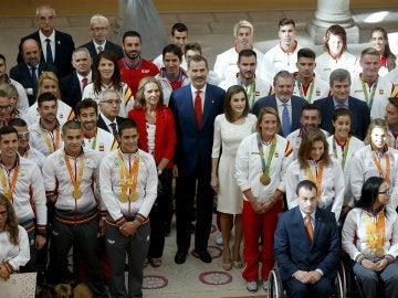 Felipe VI con los olímpicos y paralímpicos españoles,