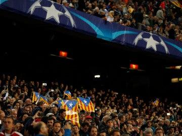 Las esteladas fueron protagonistas en el Barcelona - Manchester City