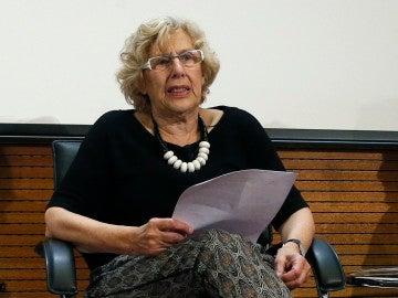 Manuela Carmena en una conferencia