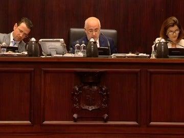 Por primera vez una institución pública española pide formalmente perdón a los bebés robados