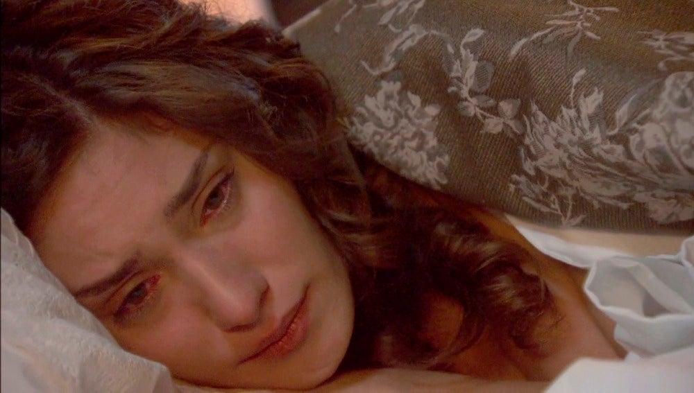 Camila esconde sus marcas de sufrimiento